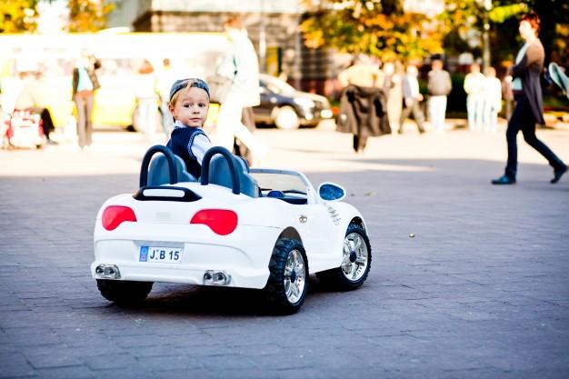 Elektriske biler til børnene