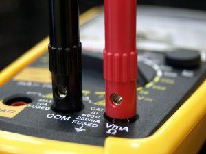 Strømmåling med et amperemeter